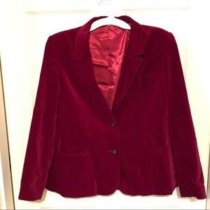 Awesome velvet blazer w/ satin lining. Vintage